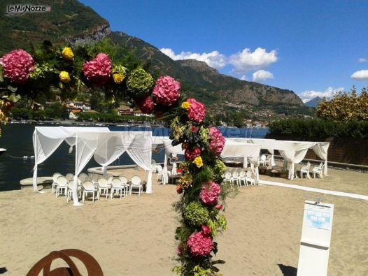 4cebdf9464ae Matrimonio in spiaggia al lago - Lido di Lenno - Location per ...
