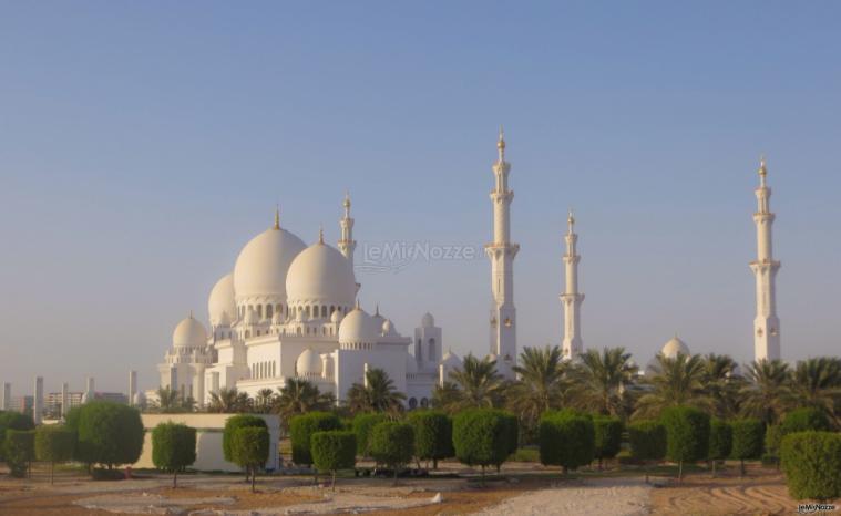 Abu Dhabi Al cuore del mondo