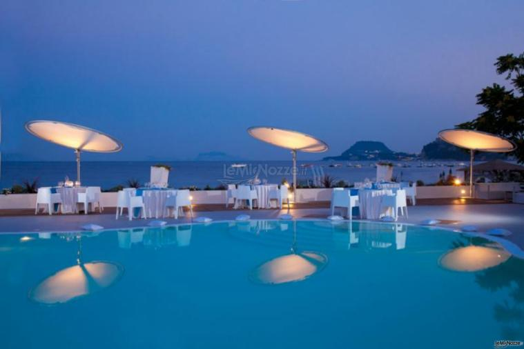 Matrimonio Spiaggia Pozzuoli : Kora pool and beach events matrimonio in spiaggia a napoli