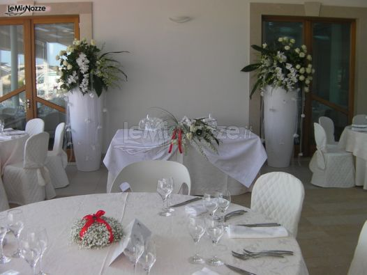 Foto 45 addobbi floreali location addobbi floreali per la sala del riceviemnto di matrimonio - Addobbi sala matrimonio ...