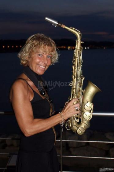 Sax Blond Letizia Brunetti - Musica live per il matrimonio ad Ancona