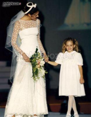 9408f12082cf Eleganti abiti su misura per la sposa e per la damigella - Capi ...