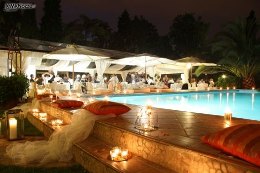 addobbi per il matrimonio a bordo piscina weddings and