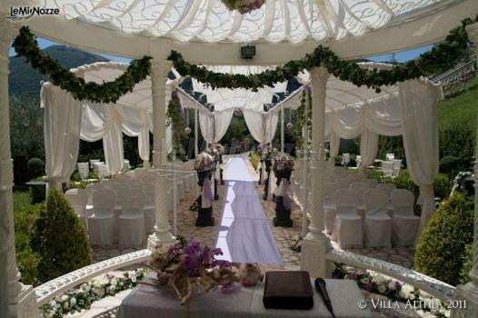 Matrimonio In Giardino Di Casa : Cerimonia di matrimonio all americana in giardino villa