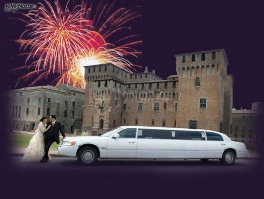 Noleggio limousine per gli sposi - Auto per il matrimonio a Monza e Brianza