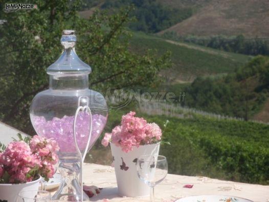 Centrotavola floreali per i tavoli di nozze
