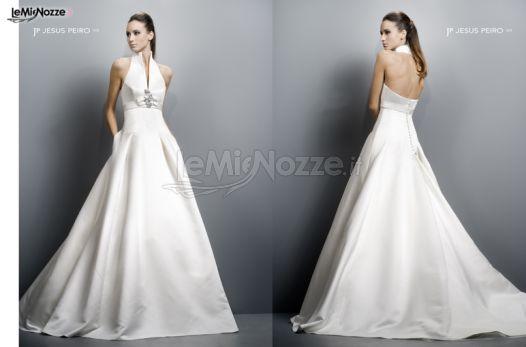197fef9cbe459 Foto 87 - Abiti da sposa moderni - Vestito per la sposa con scollo ...