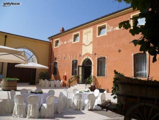 Cortile del borgo per il ricevimento di matrimonio a Verona
