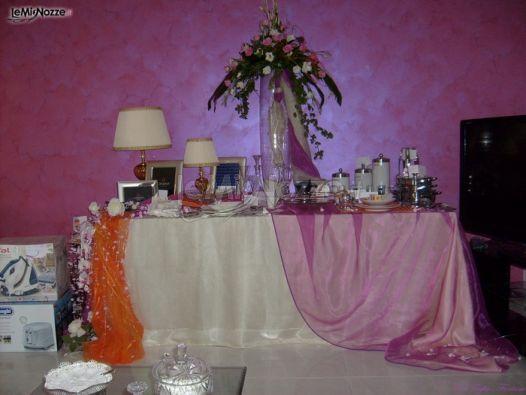 Foto 286 centrotavola matrimonio addobbo tavolo regali - Tavoli addobbati per diciottesimi ...