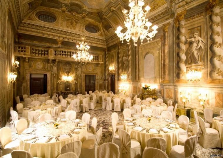 Ricevimento Matrimonio Toscana : Grand hotel continental sala interna per il ricevimento