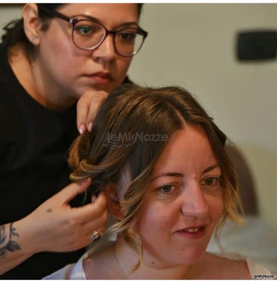 Tatiana Make up Artist - I vari passaggi per l'acconciatura