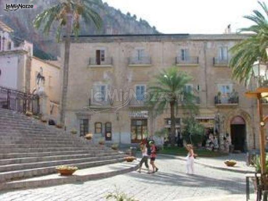 Esterno della location per ricevimento di matrimonio Palazzo Maria