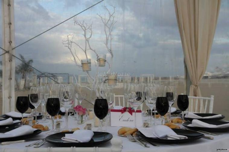 Matrimonio Spiaggia Pesaro : Matrimonio in spiaggia allestito da mencarelli catering
