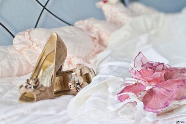 GreenPhotoVideo - Dettaglio foto abito e accessori sposa