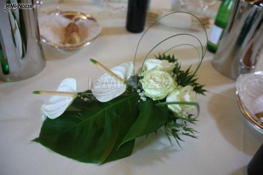 Addobbo floreale per il tavolo degli sposi nanda fiori foto 1 - Addobbo tavolo casa sposa ...