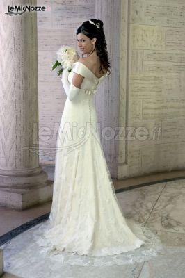 Abiti da sposa con scollo a barchetta