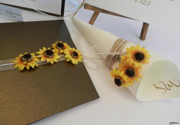 Partecipazioni Matrimonio Con Girasoli : Sara carloni studio le partecipazioni per il matrimonio in