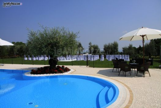 Ricevimento di matrimonio a bordo piscina agriturismo for Matrimonio bordo piscina