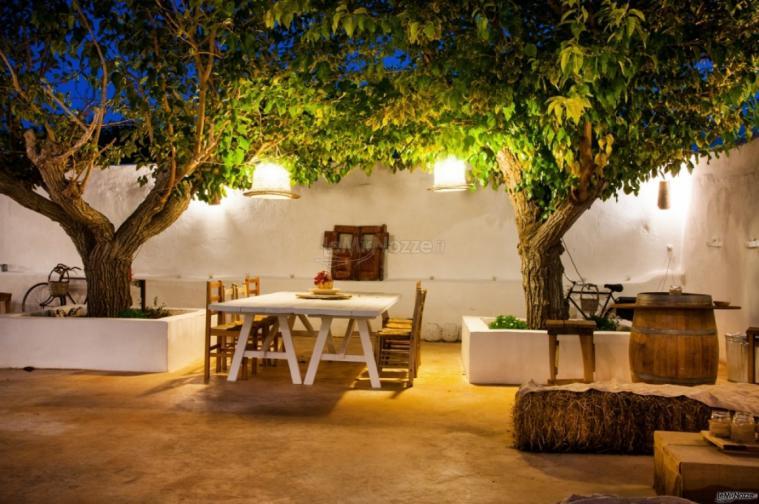 Masseria San Michele - I tavolo all'aperto di sera