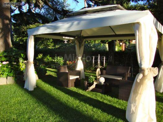 Gazebo Per Matrimonio In Giardino : Gazebo per l aperitivo di matrimonio ristorante al fico