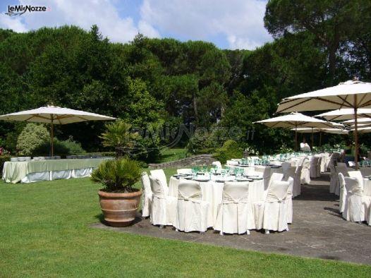 Allestimento in giardino del ricevimento di nozze castel giuliano foto 6 - Allestimento giardino ...