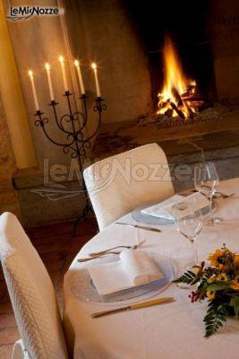 Sala con camino per il matrimonio invernale corte for Sala con camino