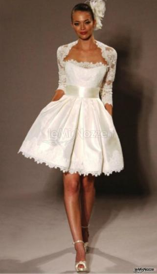 finest selection e2a99 d2418 Foto 55 - Abiti da sposa corti - Moderno abito da sposa ...