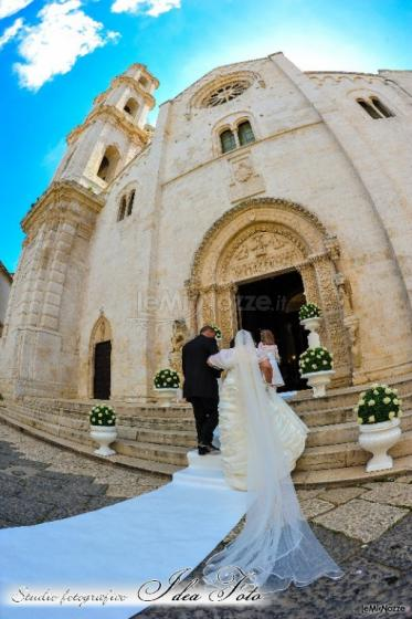 Foto dell'ingresso della sposa in chiesa