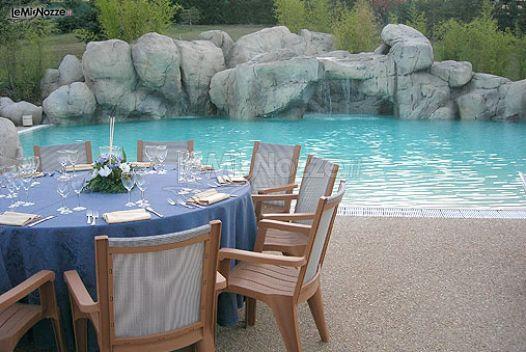 Matrimonio a bordo piscina le grotte hotel spa foto 1 for Matrimonio bordo piscina