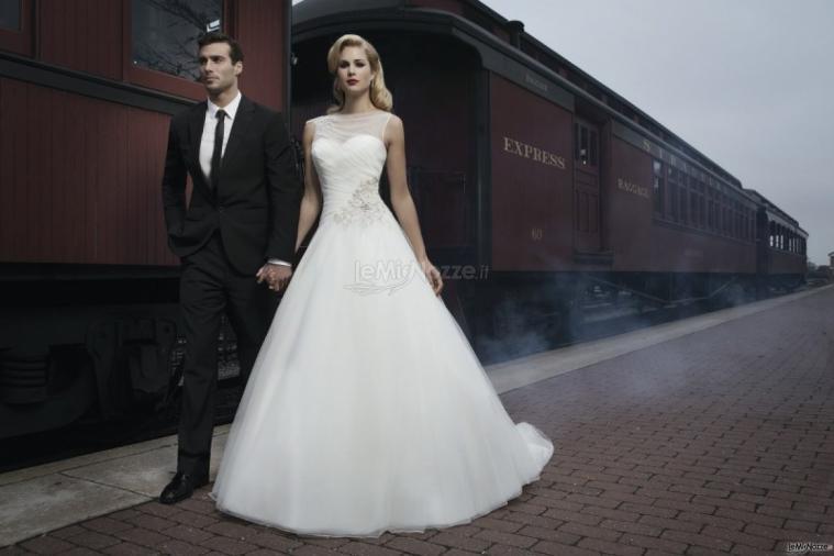 Abiti Da Sposa E Sposo.Foto 723 Abiti Da Sposa Classici Abito Da Sposa E Sposo