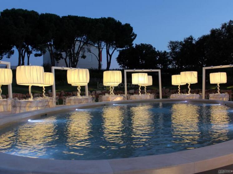 Relais il Santissimo -  A bordo piscina di sera