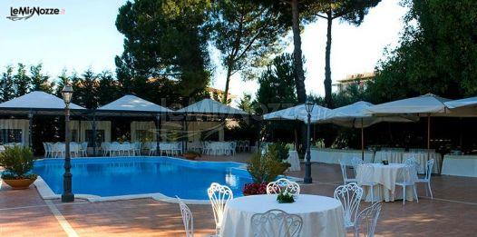 Ricevimento di matrimonio a bordo piscina villa dei for Matrimonio bordo piscina