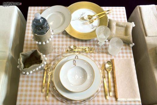 Tovaglia bistrot e piatti redini per la lista nozze la - Piatti per la casa ...