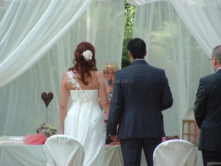 Celebrante Matrimonio Simbolico Roma : Celebrante matrimonio simbolico le cerimonie per il matrimonio a