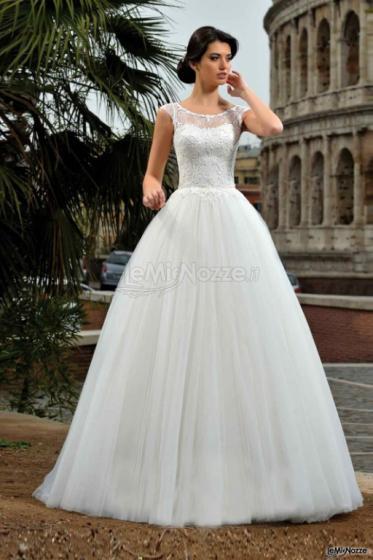 1ddaeccc0bfc Foto 448 - Abiti da sposa classici - Le Spose di Michelle - La linea ...