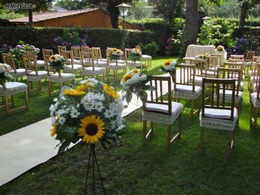 Allestimento giardino per la cerimonia di matrimonio for Allestimento giardino