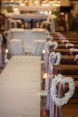 Foto 433 addobbi floreali chiesa e cerimonia romantico for Allestimenti per furgoni fai da te