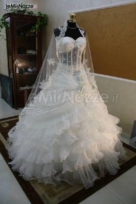 893291967b27 Foto 63 - Abiti da sposa principeschi - Vestito da sposa con ...
