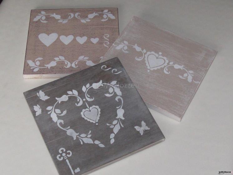 Quadri decorativi romantici effetto anticato inseparabili for Quadri decorativi arredamento