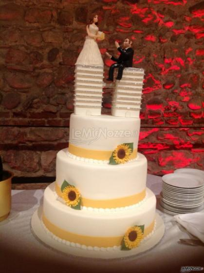 Torte Matrimonio Girasoli : Foto 92 torte nuziali artistiche wedding cake gialla con