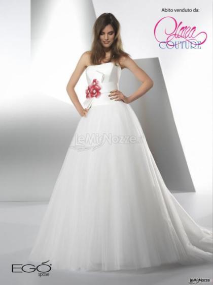 Vestito da sposa con fiore - Clara Couture - Clara Couture - Foto 1 3029549e5ebc