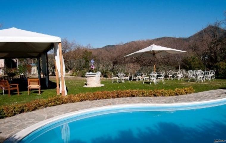 Ricevimento di nozze a bordo piscina le querce incantate for Matrimonio bordo piscina