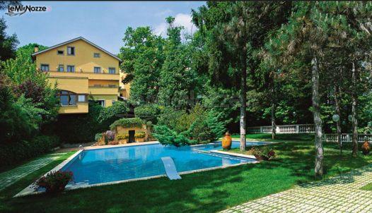 Hotel ristorante con piscina a velletri roma hotel - Hotel piscina roma ...