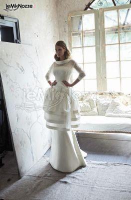 e92640194f33 Vestito da sposa con gonna a palloncino e maniche a tre quarti ...