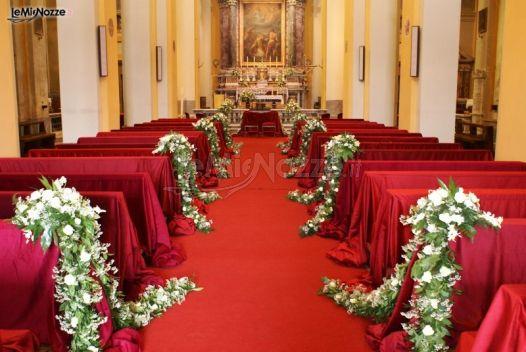 Matrimonio In Bianco E Rosso : Foto addobbi floreali chiesa e cerimonia