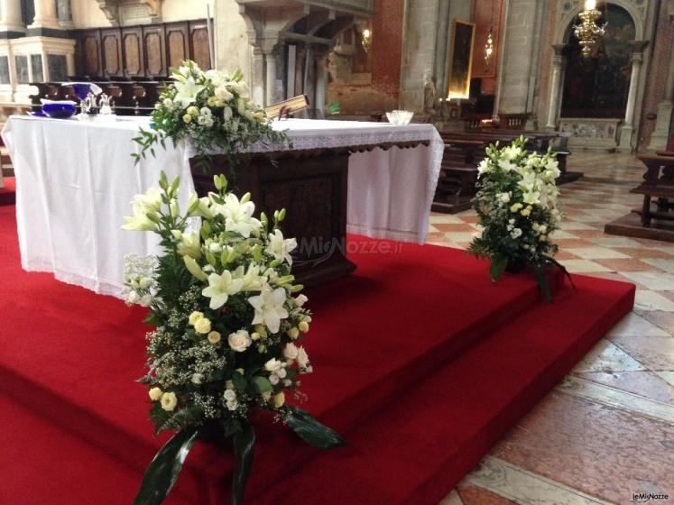 Fiori Chiesa.Foto 390 Addobbi Floreali Chiesa E Cerimonia Arnoldo Fiori