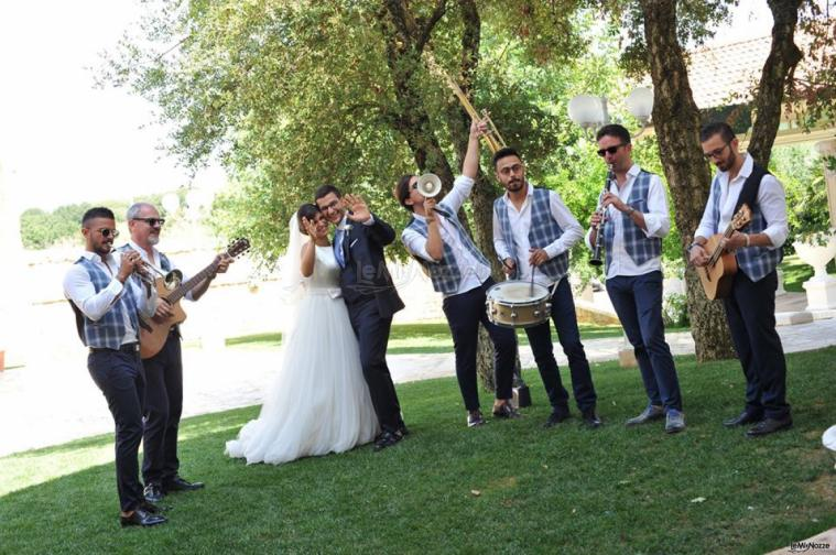 Metamorphosis Wedding Band - La festa di nozze con gli sposi