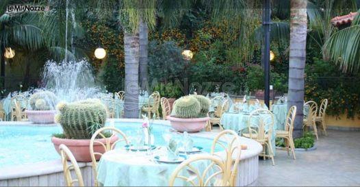 Villa con piscina per il matrimonio ristorante bontempo for Addobbi piscina per matrimonio