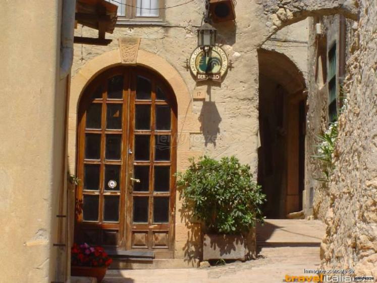 Ingresso Antica Osteria Saracena del Bergallo