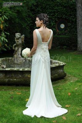 5b87944b373ff Foto 129 - Abiti da sposa classici - Vestito per la sposa con la ...